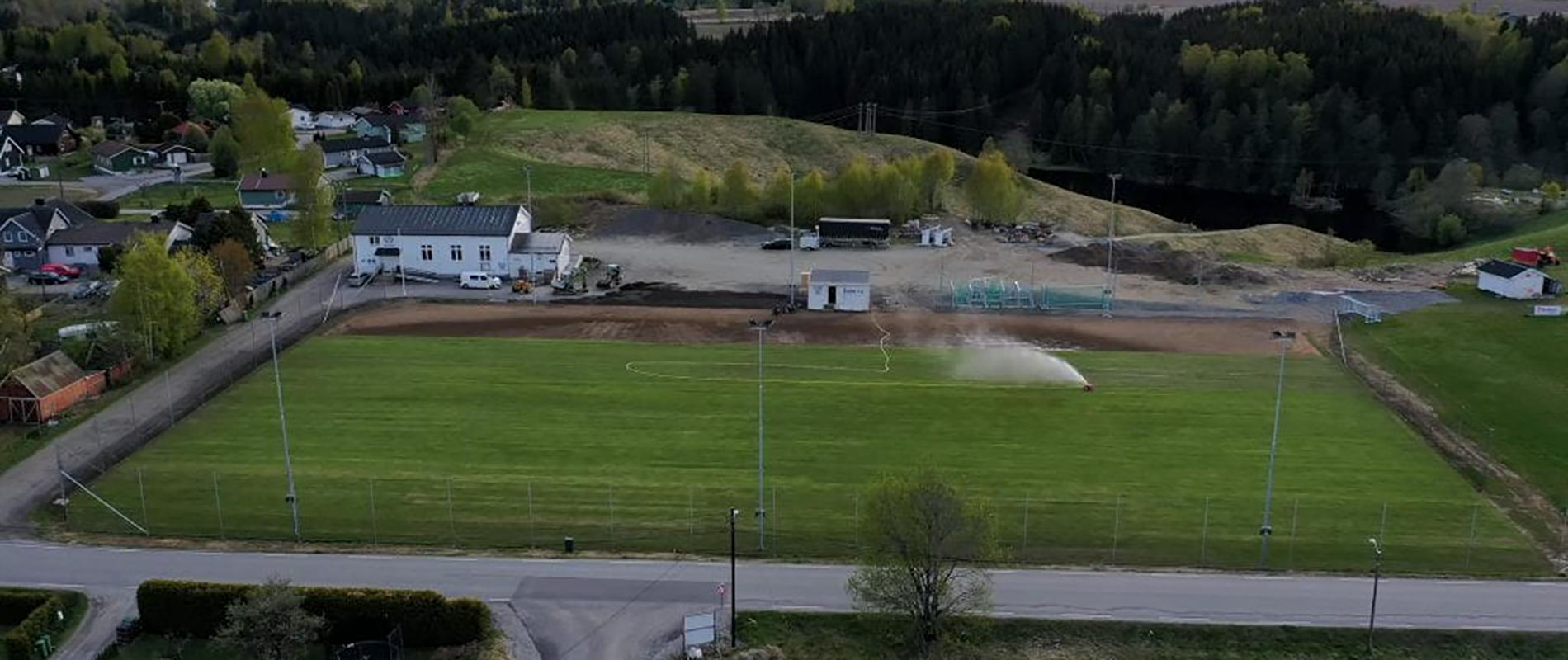 Dronebilde av Bøn stadion